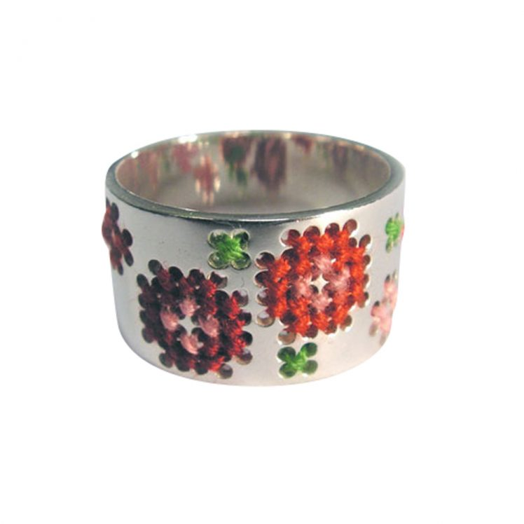 Embroidery ring basic 2