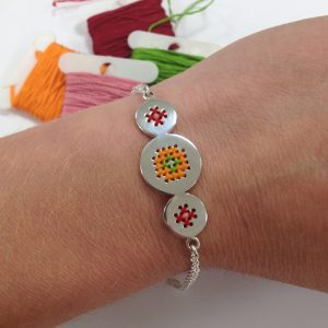 Embroidery bracelet retro