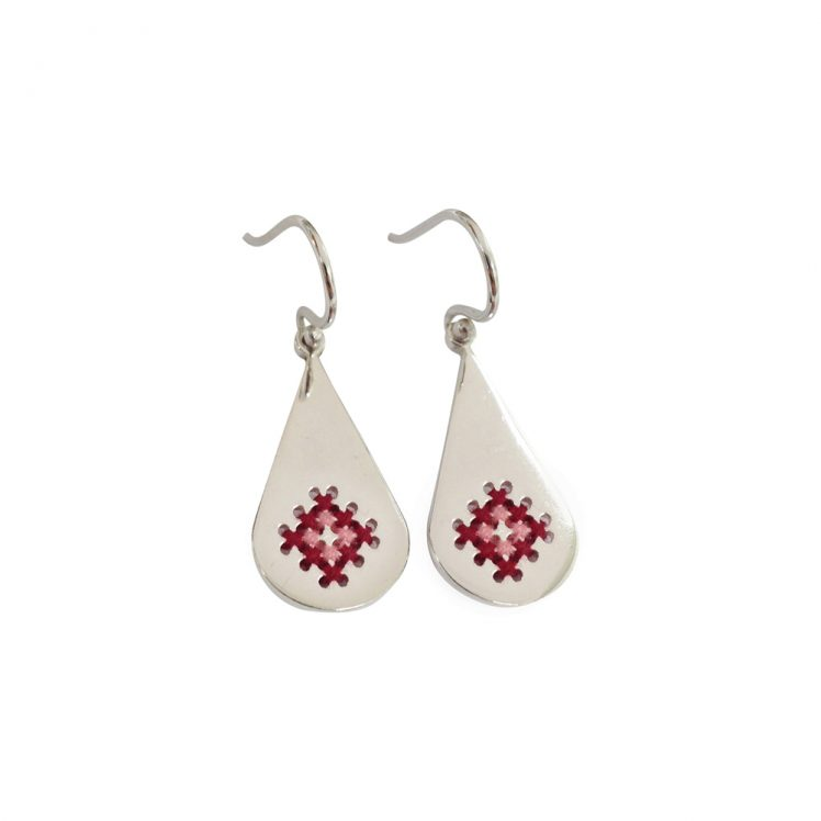 Embroidery earrings drop red