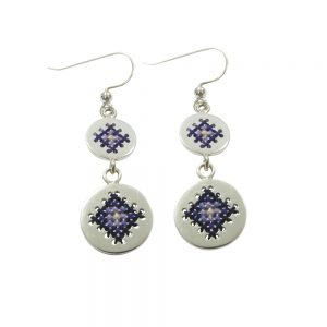 Embroidery earrings purple